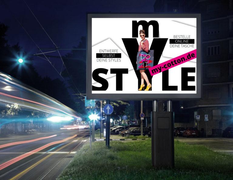 Werbetafel Werbeikone Get to Action Citywear