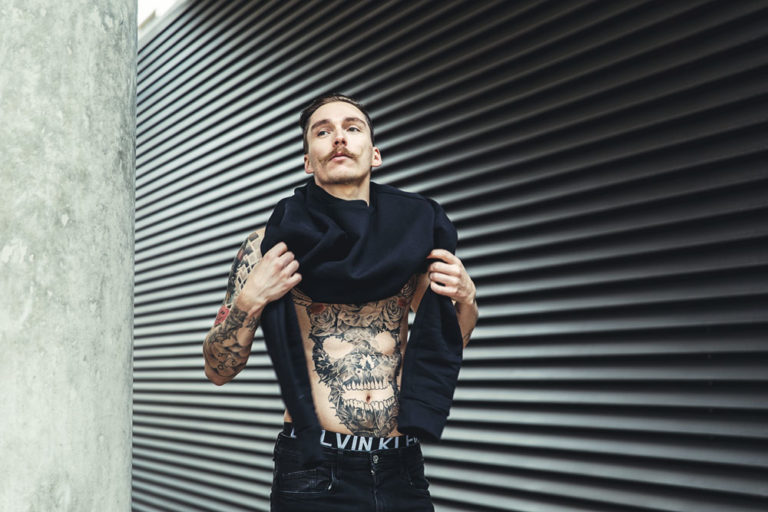 Designfotografie Körperkunst Calvin Klein Hipster